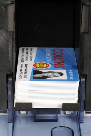 Empresa Que Tem Impressora de Cartão Pvc Colorida Rio Pequeno - Impressora de Cartão Pvc Dtc1250e